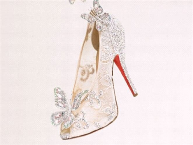 prix chaussures louboutin cendrillon